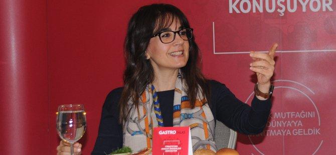 gtd-turkiye-gastronomi-turizmi-dernegigtd-baskani-gurkan-boztepedilara-kocak-kevser-baskaraecem-ocak-006.jpg
