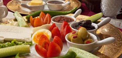guler-osmali-mutfagi,tarihi-kahvalti,osmanli-kahvalti-sofrasi,ali-guler6.jpg