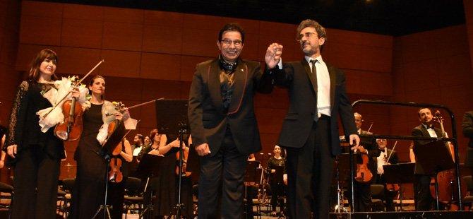 istanbul-devlet-senfoni-orkestrasi-(-idso-),yaza-merhaba,lutfi-kirdar-uluslararasi-kongre-ve-sergi-sarayi.jpg