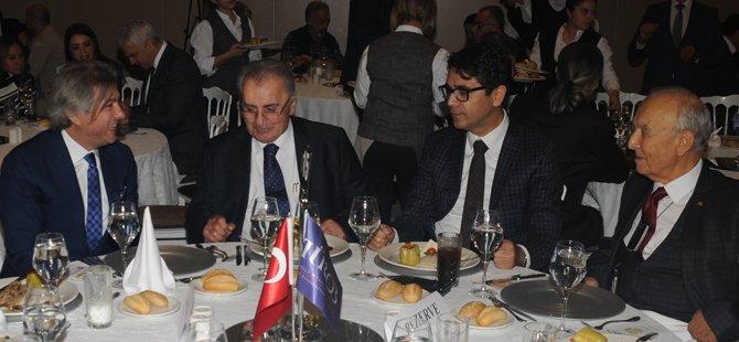 istanbul-vali-yrd-ismail-gultekin,misbah-demircan,timur-bayindir,-sinan-babila-(2).jpg