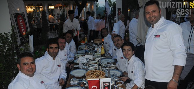 lokanta-nev-nihal,-kayalar--endustriyel-istanbul-kultur-elcileri-dernegi--baskani-nedret-apaydin-,-009.jpg