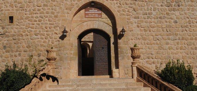 mardin-deyrulzafaran-manastiri.jpg