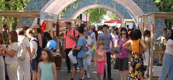 moskova-turkiye-festivali,-kultur-ve-turizm-bakani-mehmet-ersoy,-003.jpg