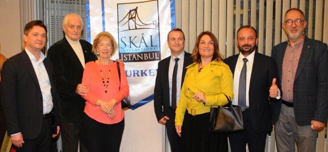 skal-istanbul-konak-hotel-12-hamsili-pilav-gecesi-003.jpg