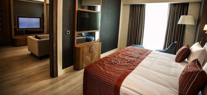 tokat-dedeman-hotel-genel-muduru-serdar-kucukyildiz,-dedeman-turizm-yonetimi-a.s.-genel-muduru-emrullah-akcakaya-004.jpg