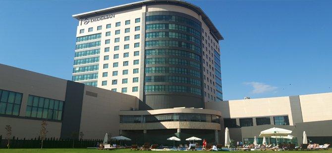 tokat-dedeman-hotel-genel-muduru-serdar-kucukyildiz,-dedeman-turizm-yonetimi-a.s.-genel-muduru-emrullah-akcakaya-005.jpg