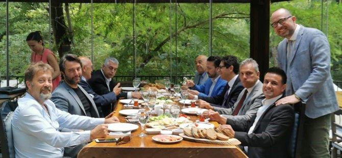 turkiye-seyahat-acentalari-birligi-(tursab)-yonetim-kurulu-baskani-firuz-baglikaya,-istanbul-vali-yardimcisi-ismail-gultekin,-gastronomi-turizmi-dernegi-baskani-gurkan-boztepe,-007.jpg