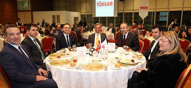 tursab-yonetim-kurulu-baskani-firuz-b.-baglikaya-005.jpg