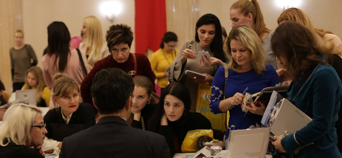 ukraynali-turistler,ukraynali-turist,turkiye-otelciler-birligi-(turob).jpg