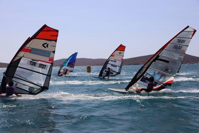 vakkorama-watersports-championship-turkiye-windsurf-alacati-sampiyonasi.jpeg